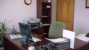 Irodai bútor és felszerelés